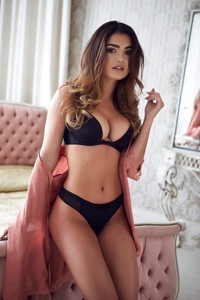 Single russian hot women