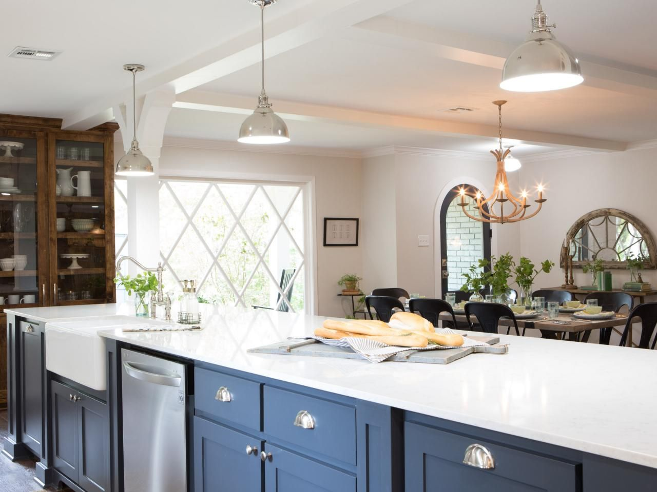 Find the best of Fixer Upper from HGTV | Interior Design & Exterior ...