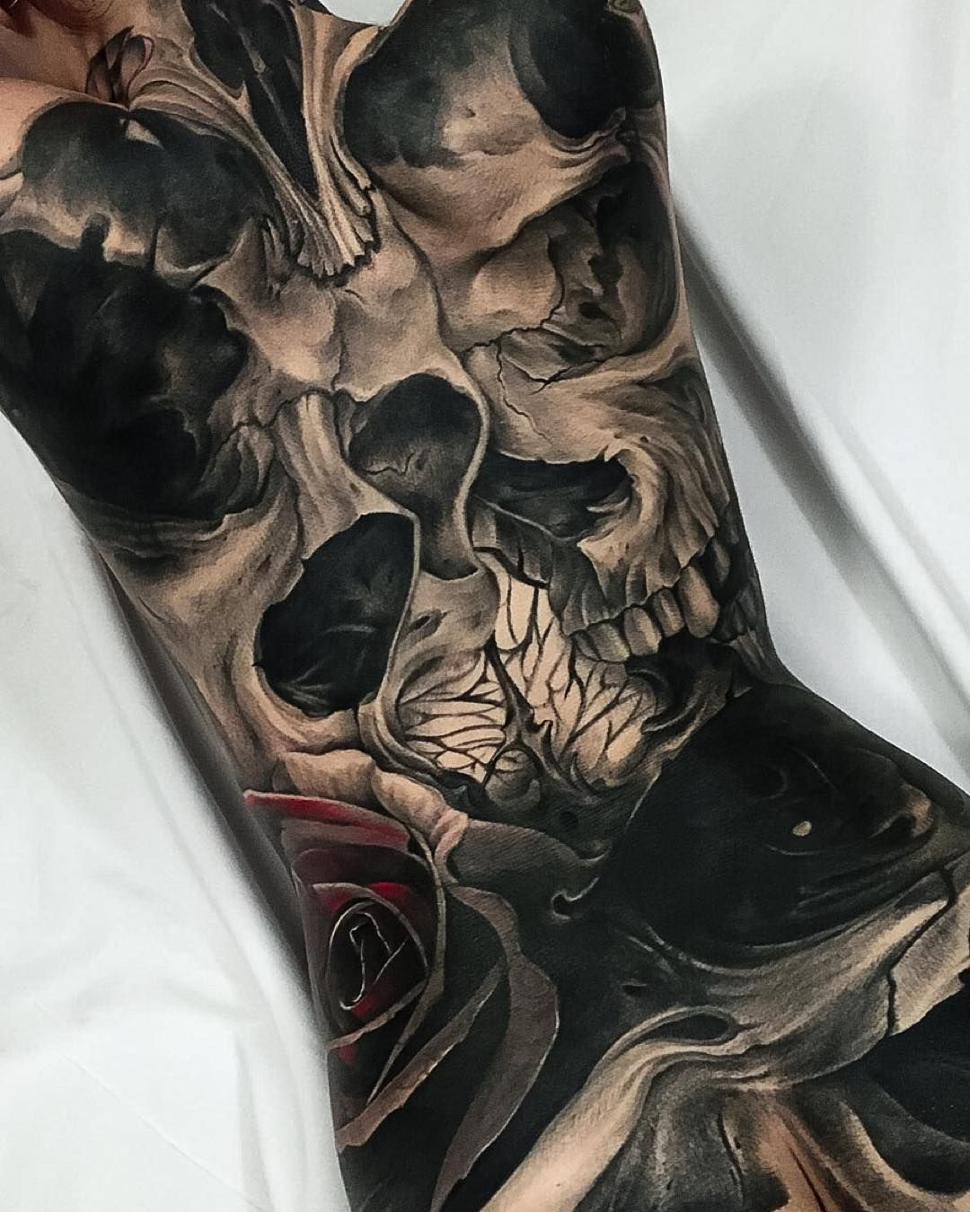 Details from the 9 cover up back piece. skull rose