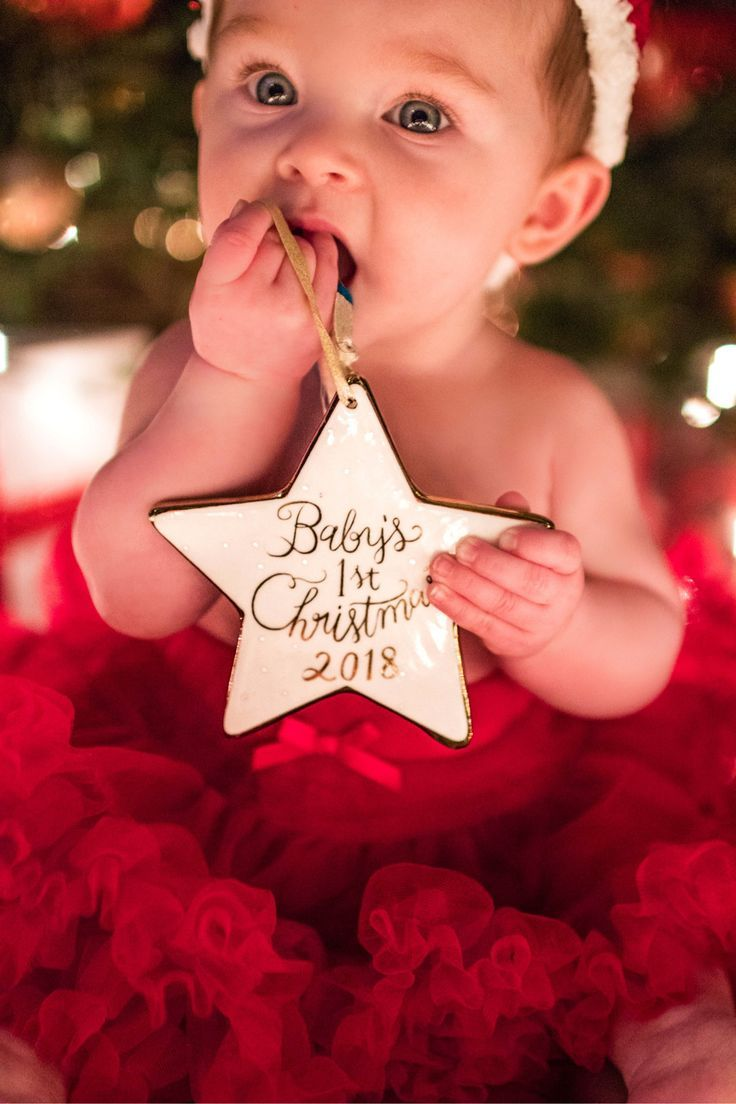 Baby S First Christmas Baby Girl Baby Christmas Photos Christmas Baby Pictures Baby Christmas Photography