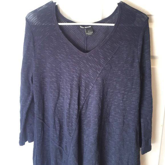 Light sweater Loose material. Worn once! DKNY Sweaters