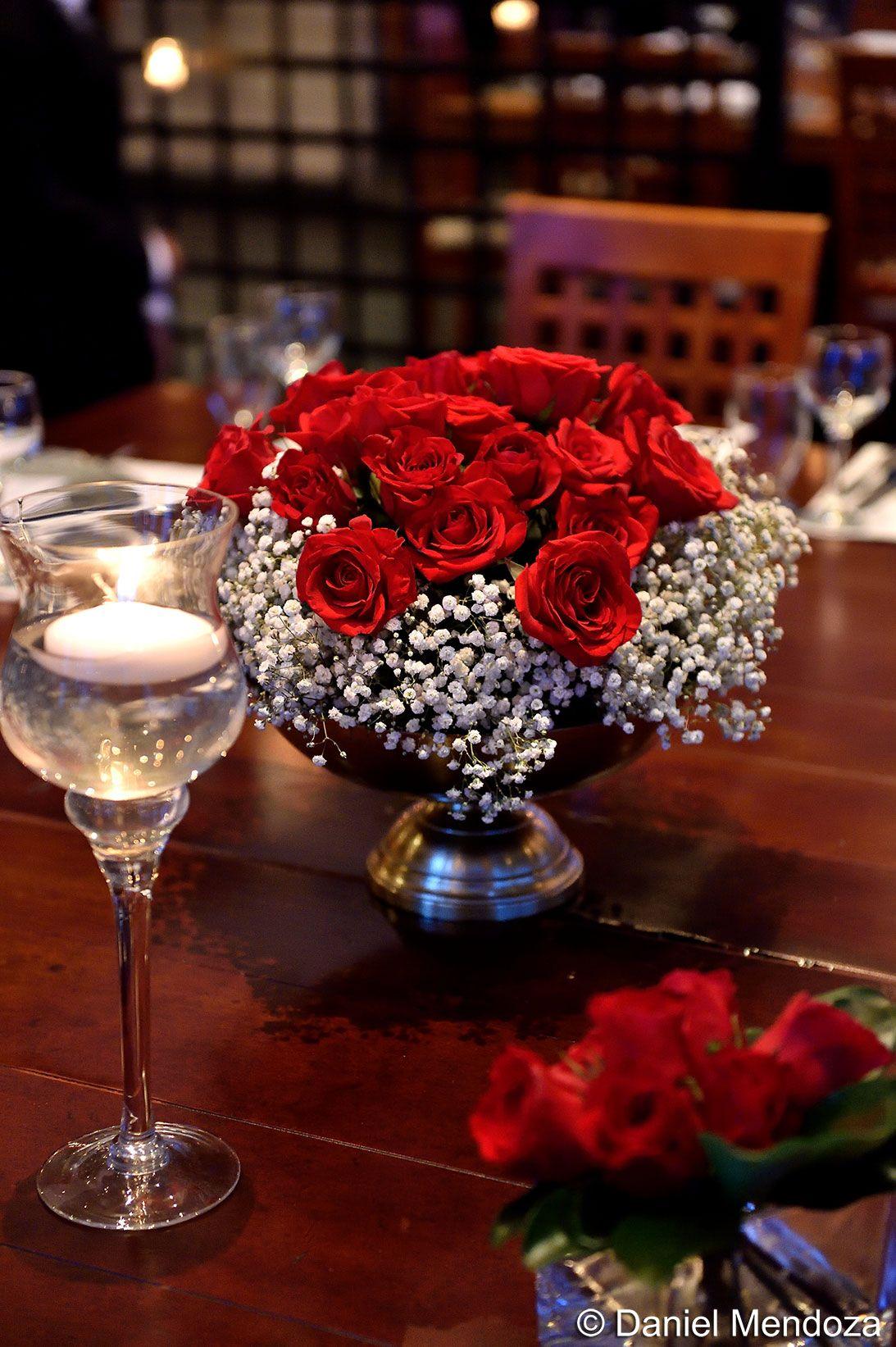 La Pasión De Las Rosas Rojas Para La Boda Civil Table Decorations Wedding Wedding Planner