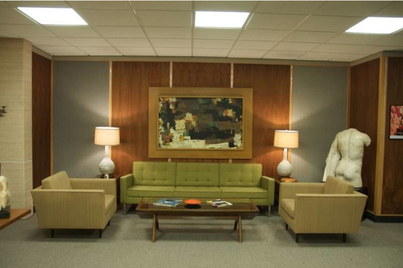 Awesome Mad Men Style Furniture #3: Roger Sterlings Couch (Mad Men)