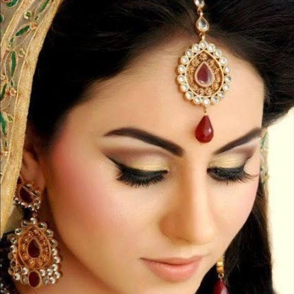Bollywood tikka hair Indian jewelry | Hair jewelry, Bollywood and ...