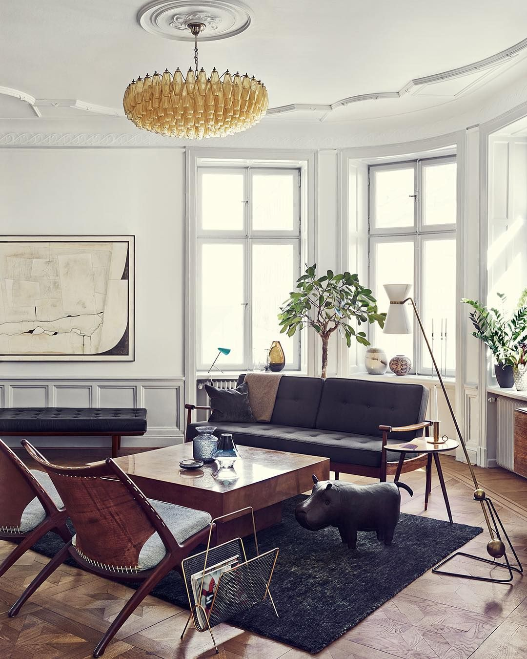 Home of prop stylist joanna lavén in stockholm she and her partner designed the space using a combination of modern mid century and traditional finds