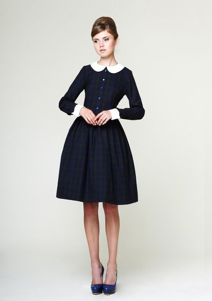 Image of Liana - woolen dress with detachable collar and cuffs Peter Pan  Dress b773b7758