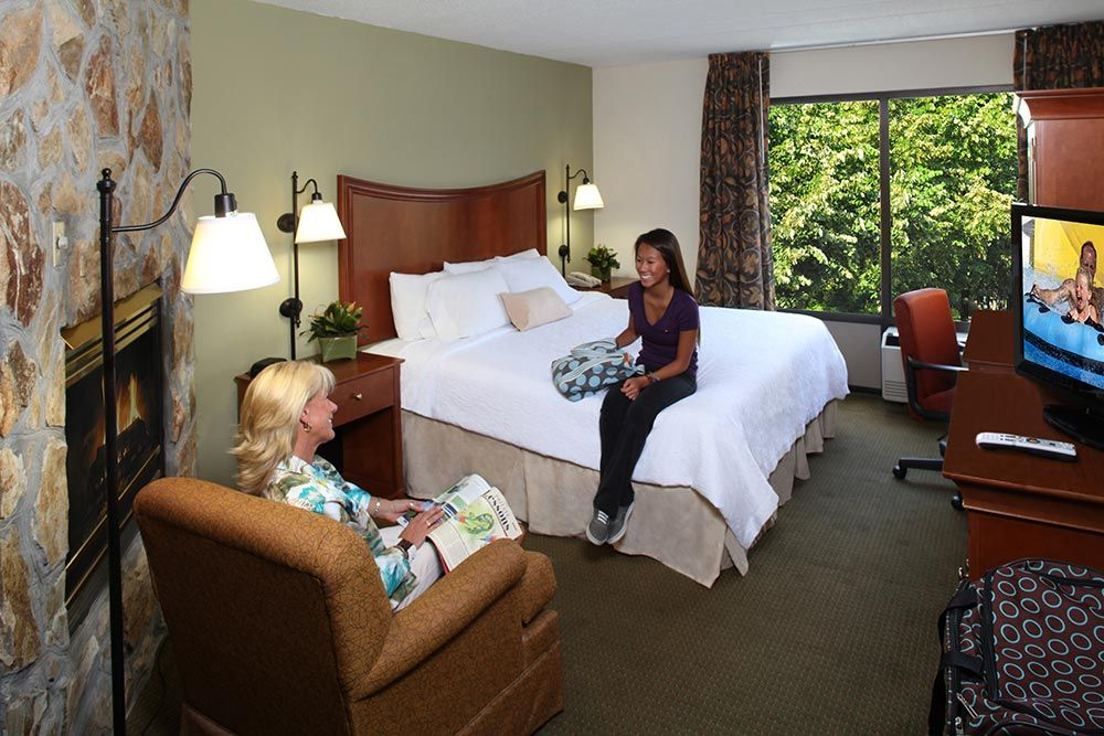 Photos Of Inn On The River Hotel In Pigeon Forge Tennessee River