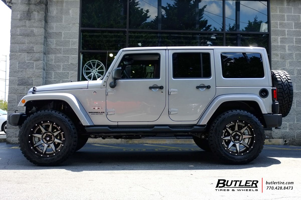 Jeep Wrangler Wheels >> Jeep Wrangler With 20in Fuel Rampage Wheels White Jeep
