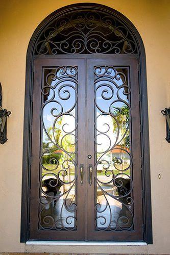 Milan - Wrought Iron Doors Windows Gates \u0026 Railings from Cantera Doors & Linda porta personalizada feita com madeira ferro e vidro. Parte ...