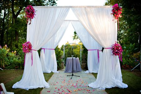 Dreamy Drapesu2014 Using Fabric Draping at Your Wedding & Dreamy Drapesu2014 Using Fabric Draping at Your Wedding | My Wedding ...