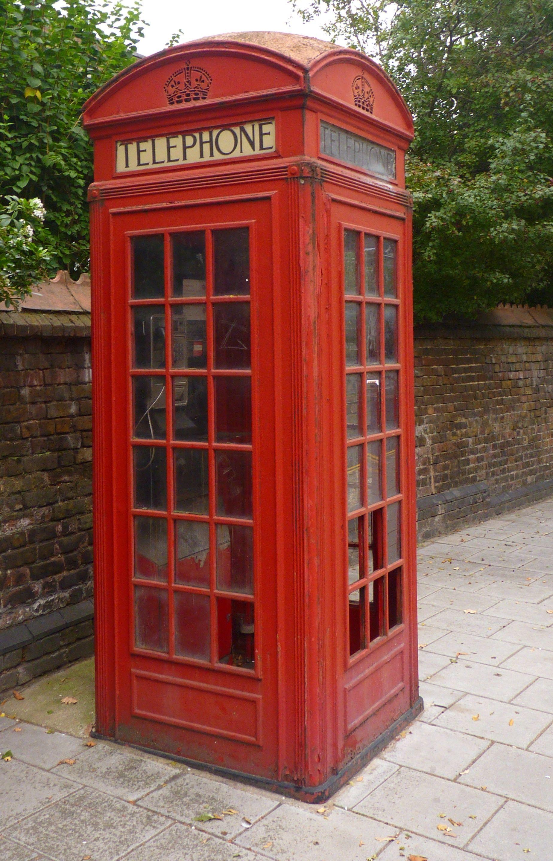 K2 Lawn Terrace, Blackheath, London. Telephone kiosk