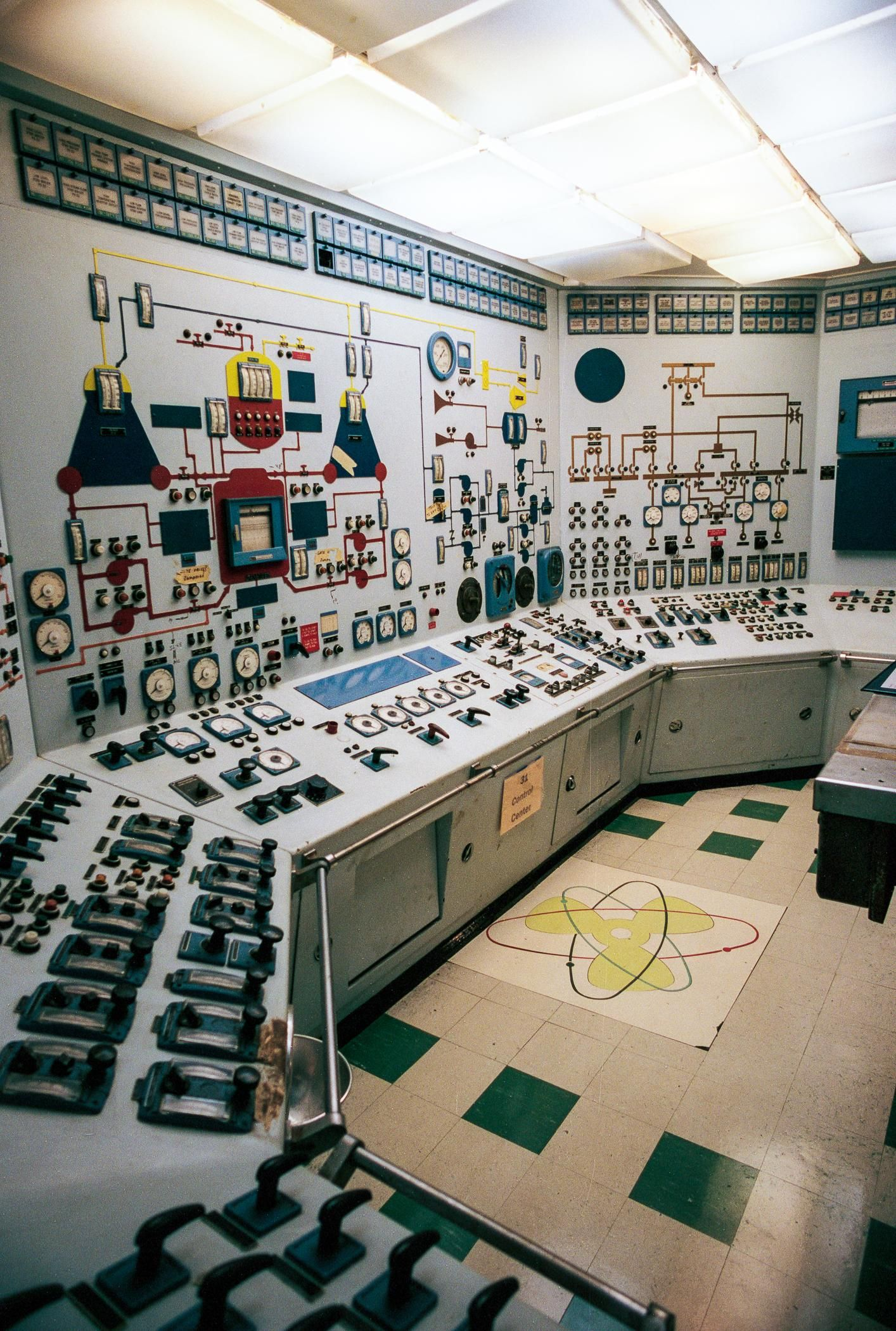 Cruise Ship Engine Room: Control Room Of The NS Savannah -- The 1959 Atoms For
