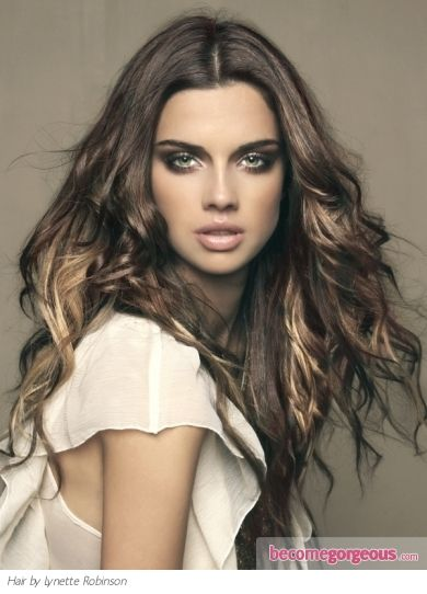 I wonder how I would look as a brunette?  Like those blonde highlights too.