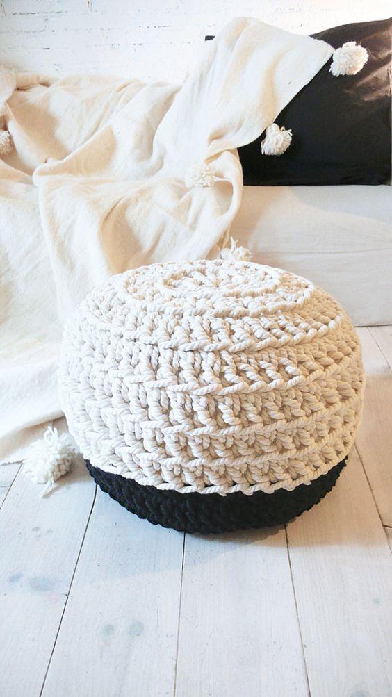 PUNTXET Inspiración para decorar con puffs de crochet #deco #decor ...