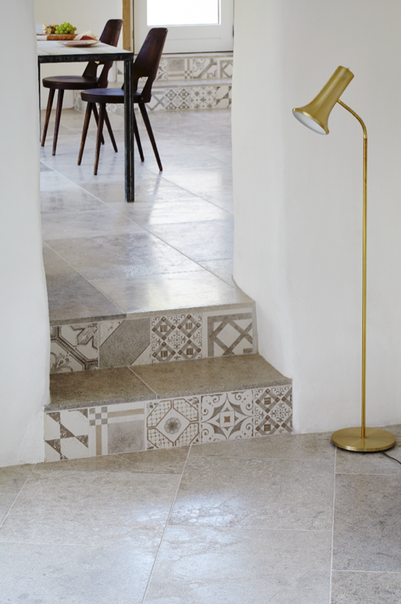 Blenheim Grey Brushed Limestone With Palladio Grey Mix Decorative Tiles As  Step Risers.