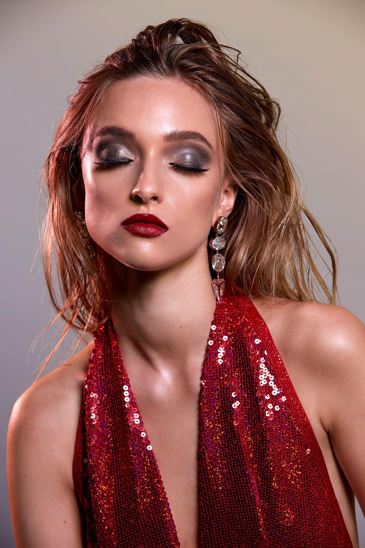 Behance Para você Magazine photographers, Glamour