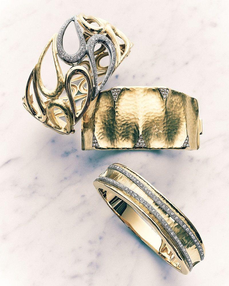 Vendorafa Dune 18k Gold and Diamond Cuff Bracelet AVk1rGrC