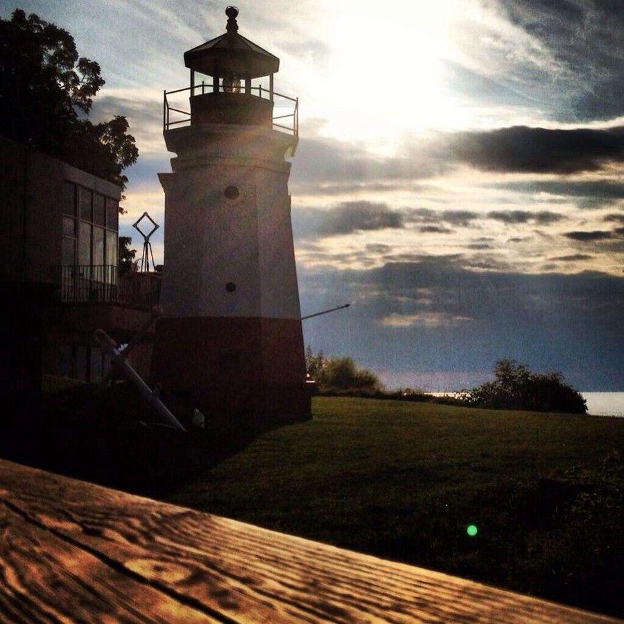Vermilion Lighthouse by David Sobotka on 500px