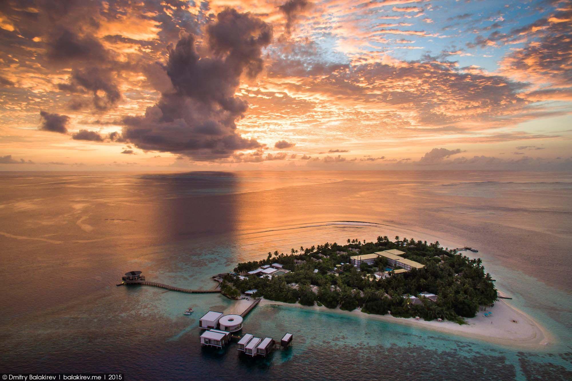 фото остров в виде сердца гифок