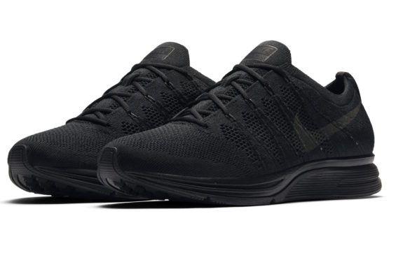 Nike Entrenador Flyknit Chukker Negro / Antracita Voltios En Caliente Ponche