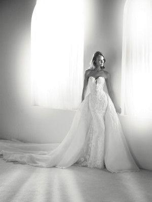 Wedding Dress Detachable Skirt Pronovias 2018 Collection