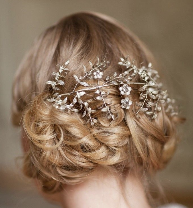 Wedding Hairstyle Inspiration (New!). To see more: http://www.modwedding.com/2014/07/10/wedding-hairstyle-inspiration/  #wedding #weddings #hair #hairstyle