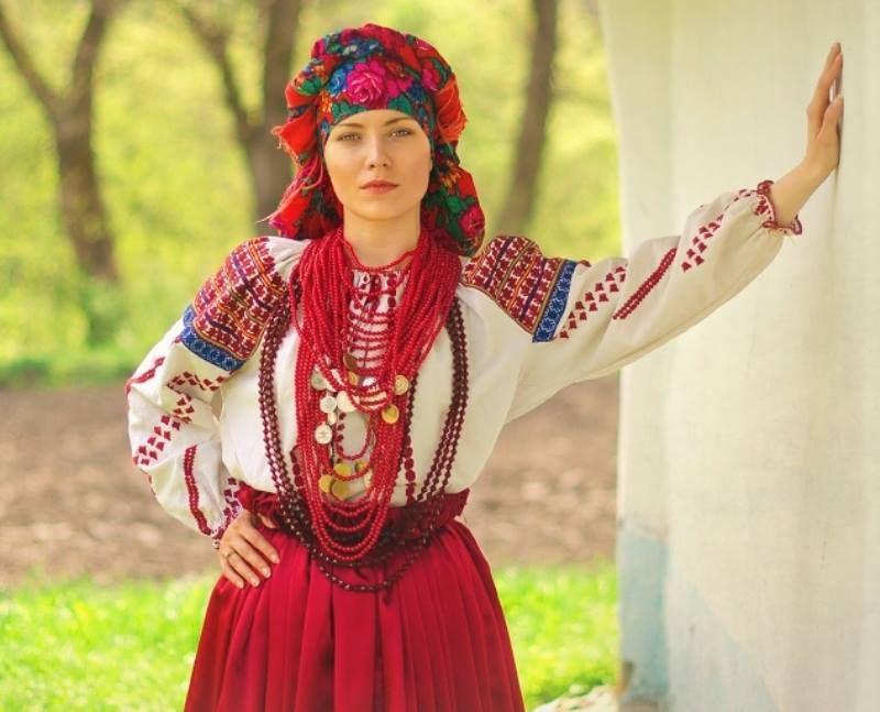 украинская национальная женская одежда картинки одна разновидностей штакетника