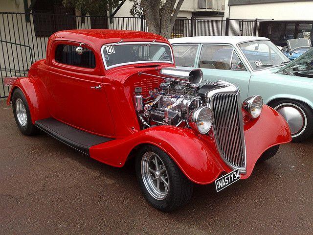 1934 ford hot rod hot rods pinterest bilar for Garage ford hyeres 83
