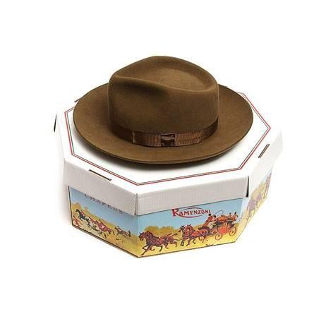 Chapeu Cury Ramenzoni - hat  bdab7875296
