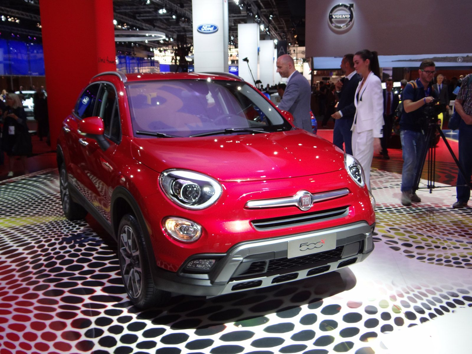 2016 fiat 500x 2014 paris auto show see more pictures on motor