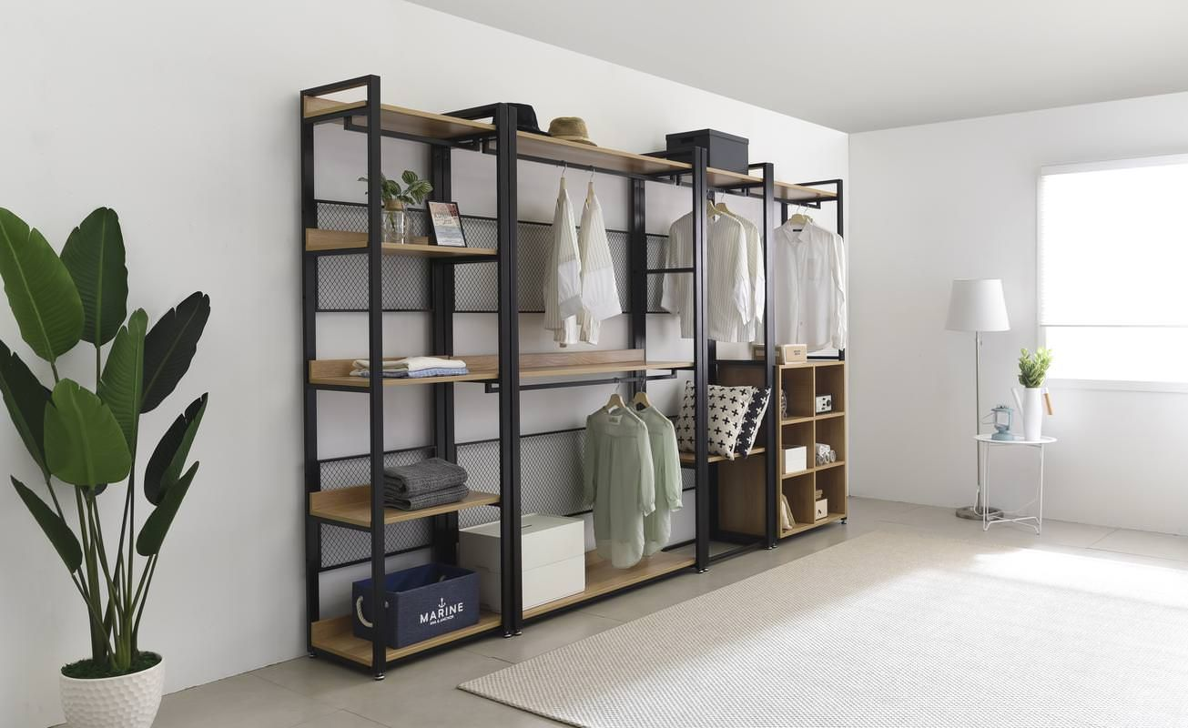 Stylish, Functional, And Affordable Closet Systems.   Clozat