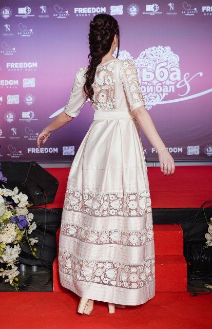 Ексклюзивна сукня з вишивкою 56e658d52c540