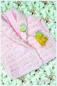 Fazer tricô para criança é uma delícia! Poucos pontos, pequenas partes e rapidinho a gente apronta peças fofinhas. Além do que minha querid...