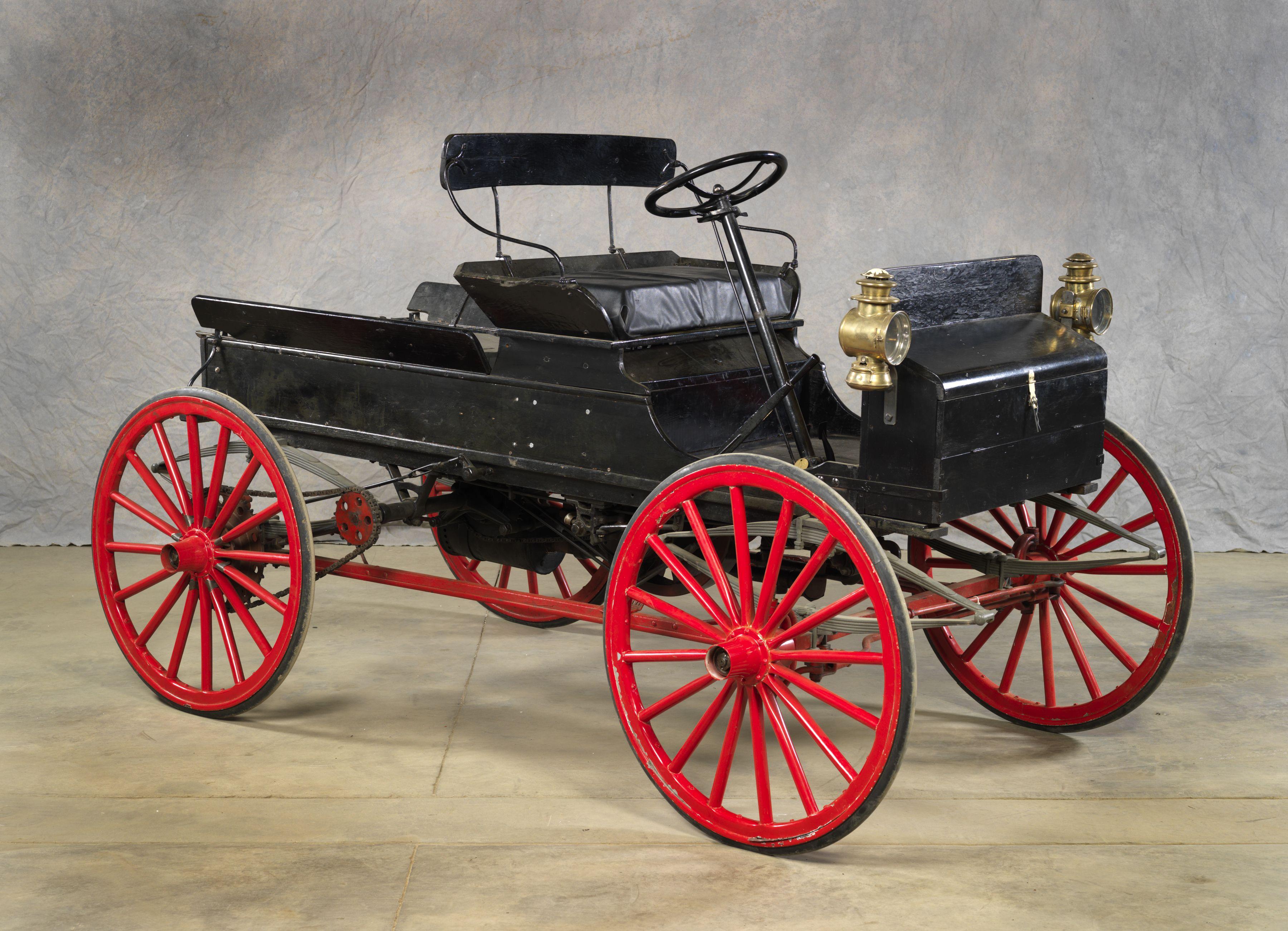 1909 TUDHOPEMCINTYRE MODEL 109 DELIVERY WAGON Tudhope