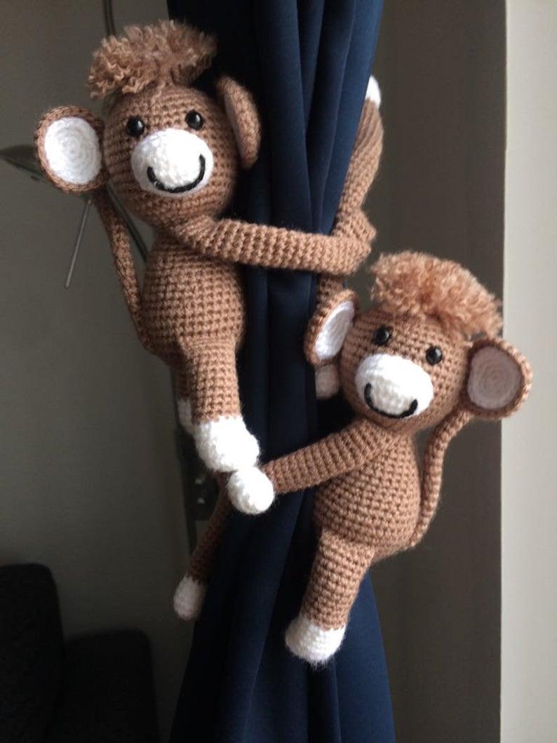 Baby Knitting Patterns Crochet pattern monkey and friends curtain ... | 1059x794