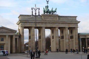 The 10 Best Brandenburg Gate Brandenburger Tor Tours Trips Tickets Berlin Viator Brandenburg Gate Tour Tickets Gate