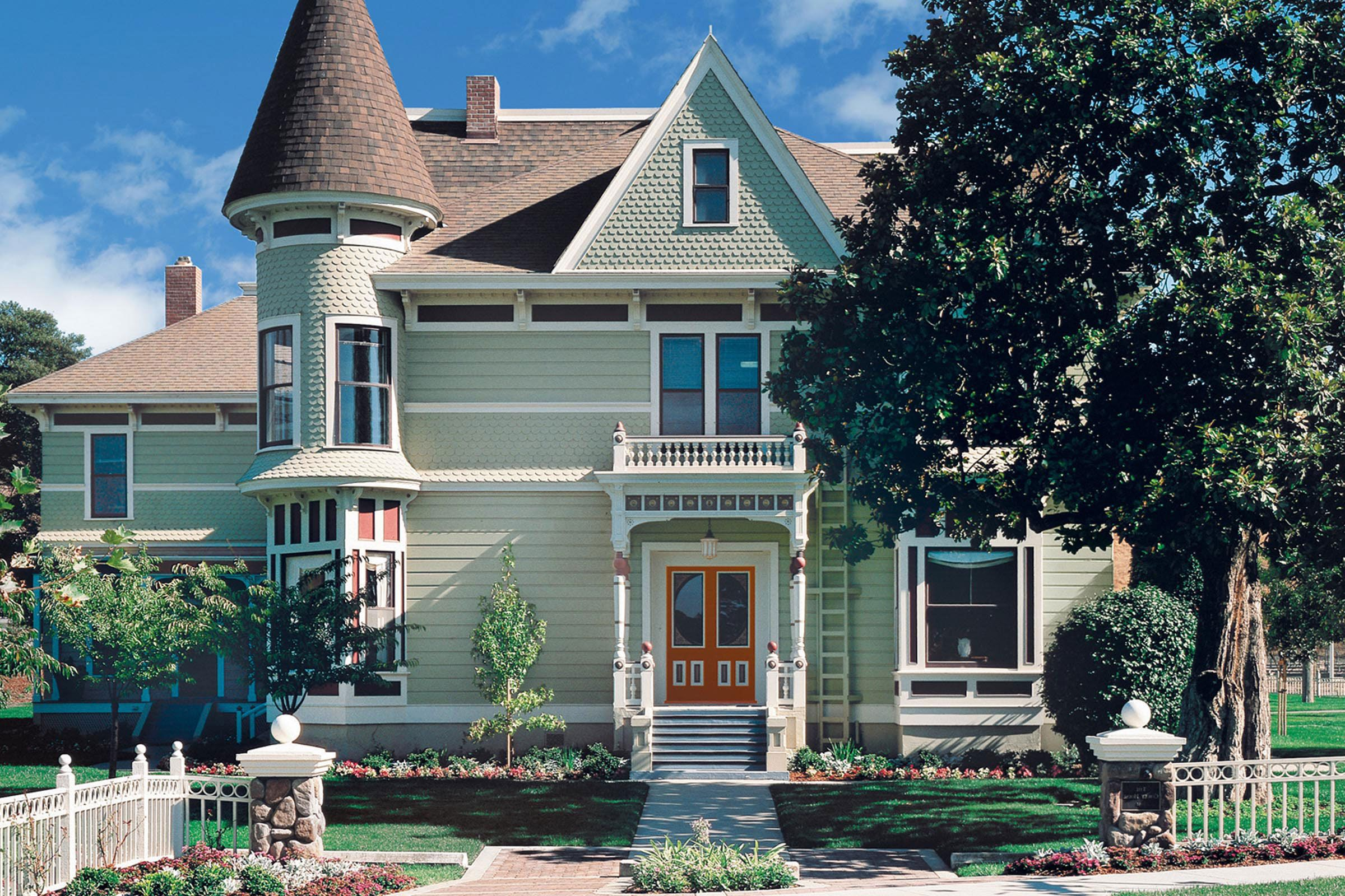 Exterior paint schemes for brown roofs - Pittsburgh Paints Exterior Paints Olive Sprig