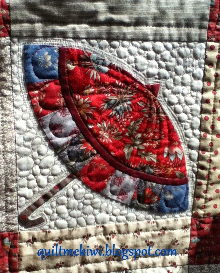 cute quilted umbrella, from quilt me kiwi blogspot | Quilts | Pinterest