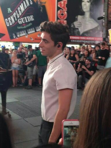 .@NathanSykes tonight in Times Square!  shooting the acoustic music video for Famous
