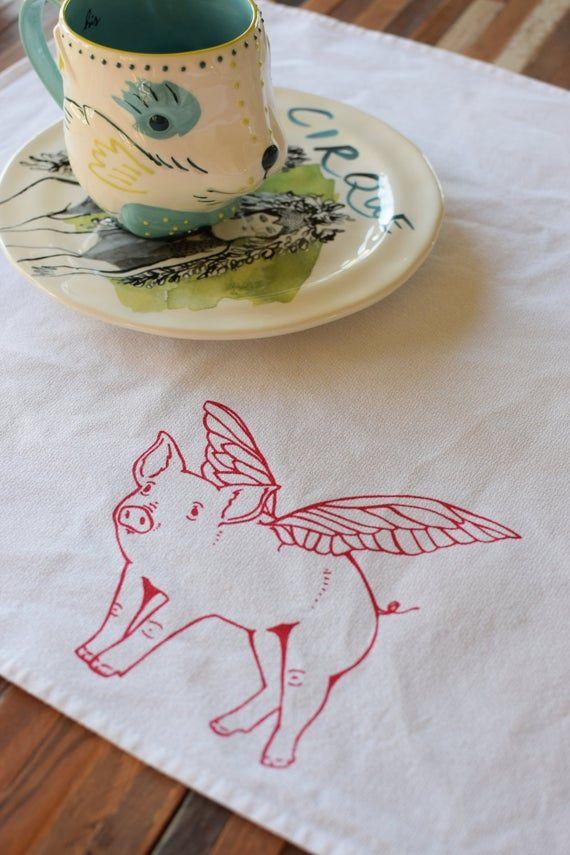 Cloth Napkins - Screen Printed Cloth Napkins - Eco Friendly Dinner Napkins - When Pigs Fly - Reusabl #clothnapkins