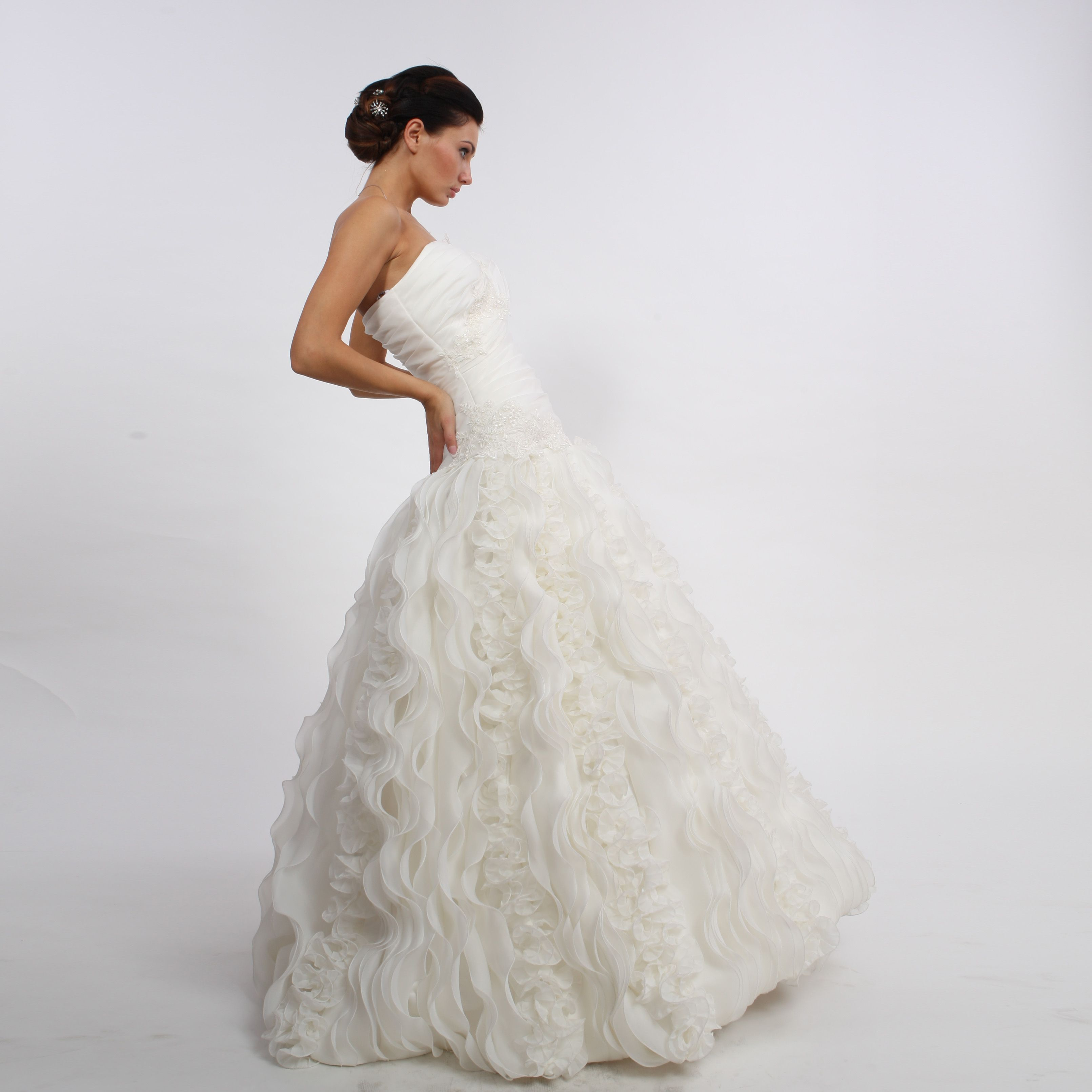 Brautkleid Lissy | Kleid | Pinterest | Brautkleid, Cinderella ...