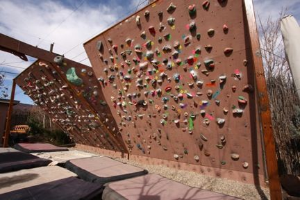 1000 images about diy boulder wall on pinterest bouldering wall home climbing wall and climbing wall