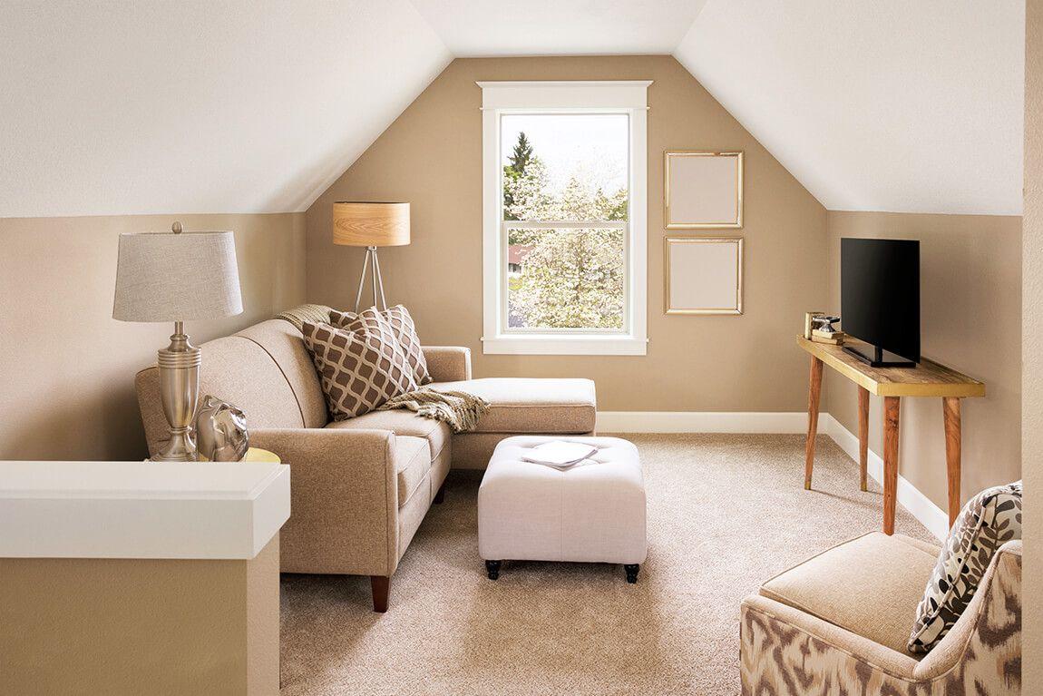 Zimmer mit Dachschrägen einrichten Beige Wände und weiße