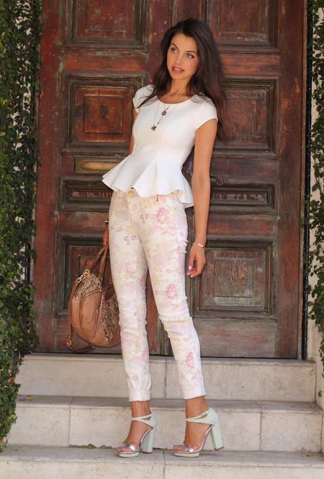 Best Outfit Ideas about Floral Pants | Style, Beauty ...