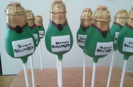 Champagne Bottles By Www Lovefuncakes Co Uk