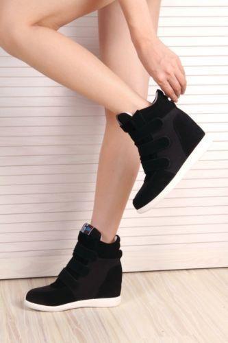 6fc151ff1e Top-para-Mujer-Alto-Coreano-de-Tacos-Cuna-Oculta-Tenis-Botas-al-Tobillo-Lindo-Caliente-Nuevo.  Black wedge sneakers.