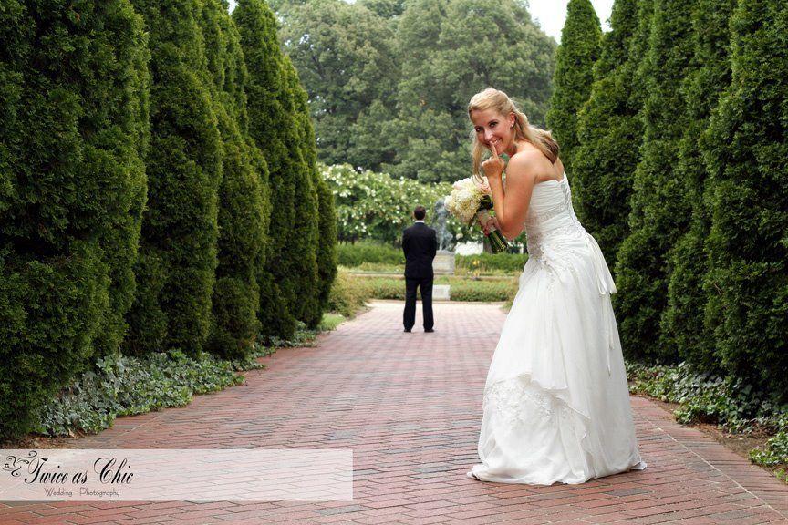 Wedding Portraits, First See Sneak Peek A Botanic Garden Wedding. Memphis,  TN Www