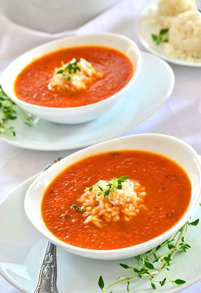 Kremowa zupa z pieczonej papryki i pomidorów z ryżem