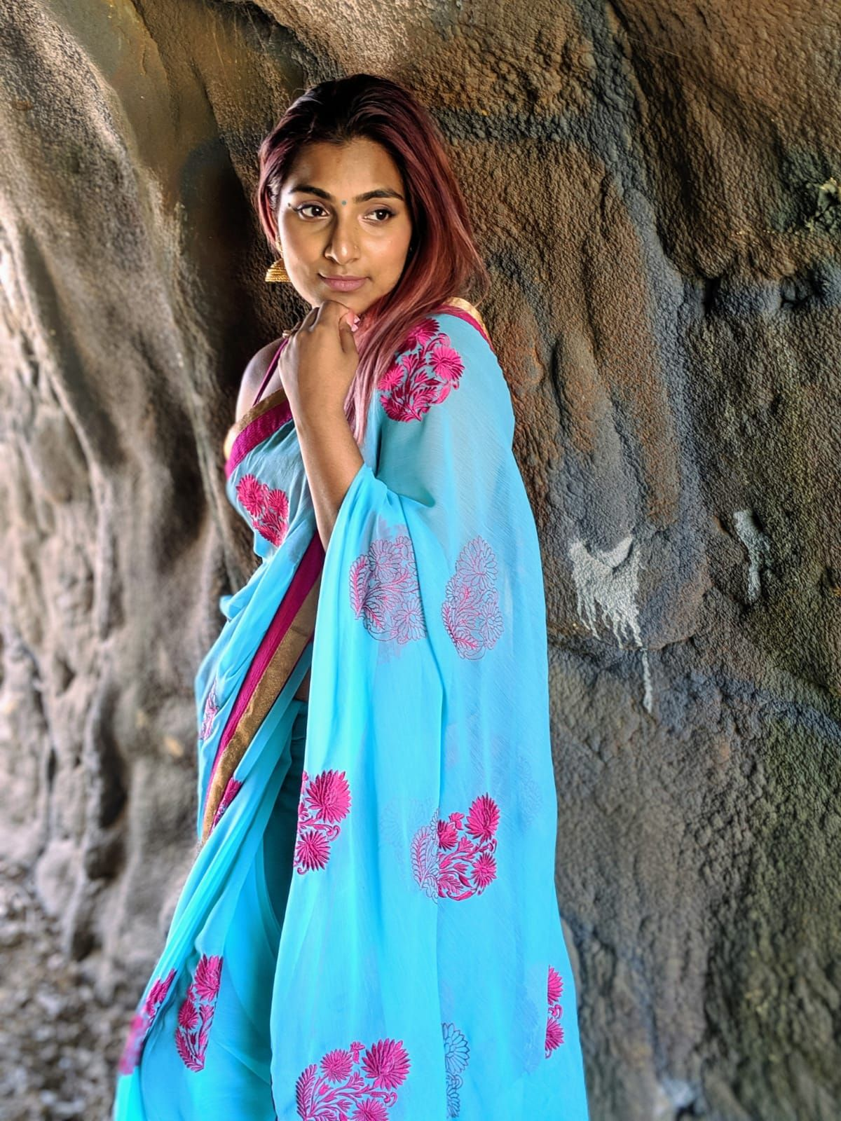26 Saree Photoshoot Ideas In 2021 Saree Photoshoot Photoshoot Sunflower Field Photography Explora photography tips and solutions 7 tips for taking photographs in the snow. 26 saree photoshoot ideas in 2021