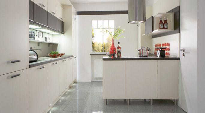 Kutchenhaus, Pia - Ivory Matt Kitchen ideas Pinterest - küche hochglanz oder matt
